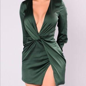 Dress hunter green